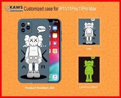 "Чехол-накладка силикон Luxo для iPhone 11 Pro Max (6.5"") 0.8мм с флуоресцентным рисунком KAWS J43"